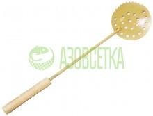 Шабалка крашенная с зубцами и деревянной ручкой